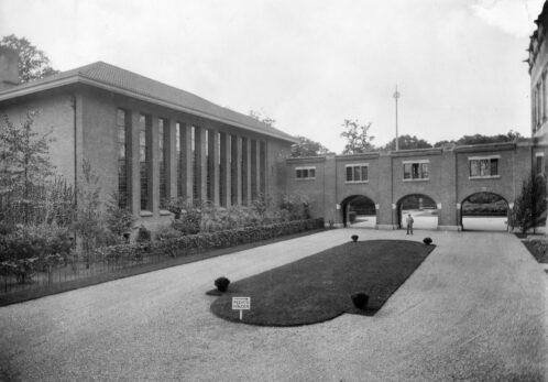 Academiegebouw-1929@4x